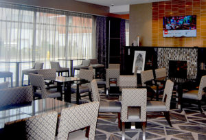 Hampton Inn Lobby - Dining area