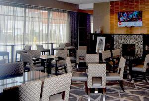Hampton Inn Lobby - Dining area